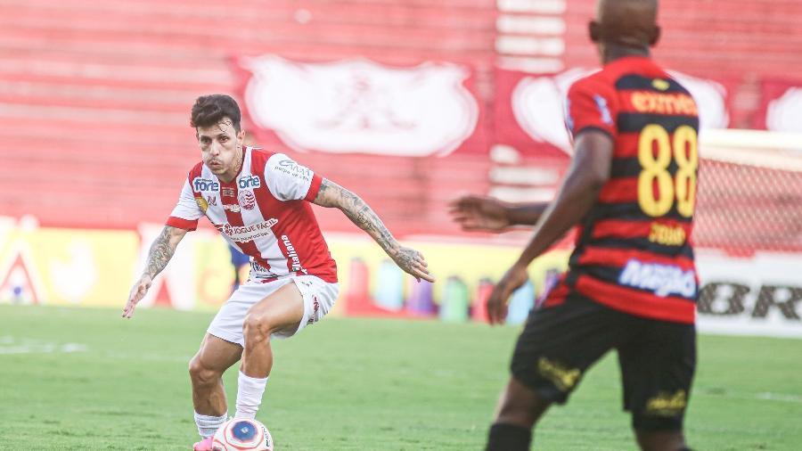 Náutico venceu o Sport nos pênaltis no Estádio dos Aflitos: Globo chegou perto dos 60 pontos no Recife - Tiago Caldas  / CNC