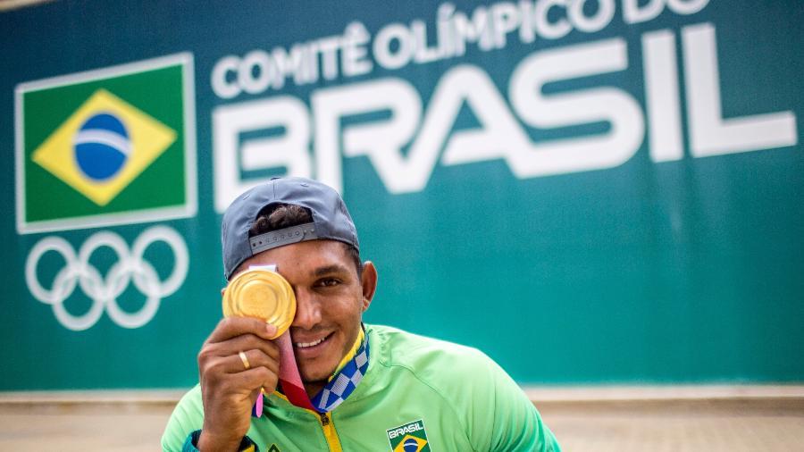Isaquias Queiroz, campeão olímpico da canoagem - Daniel Ramalho/COB
