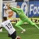 """Weverton reconhece qualidade de gol de Roger Guedes: """"foi feliz na batida"""""""