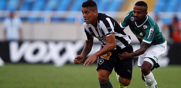 Carleto, que também defendeu o Botafogo, foi rebaixado com o XV no Paulistão desse ano