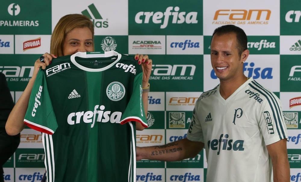 c3833eb069b Falta assinar  Palmeiras e Crefisa acertam detalhes finais sobre renovação  - 06 02 2017 - UOL Esporte