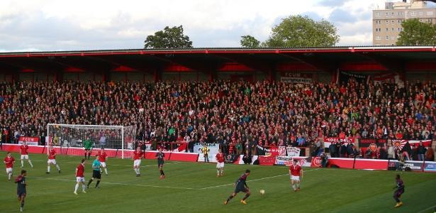 O FC United tem estádio próprio e quase 4 mil sócios-proprietários
