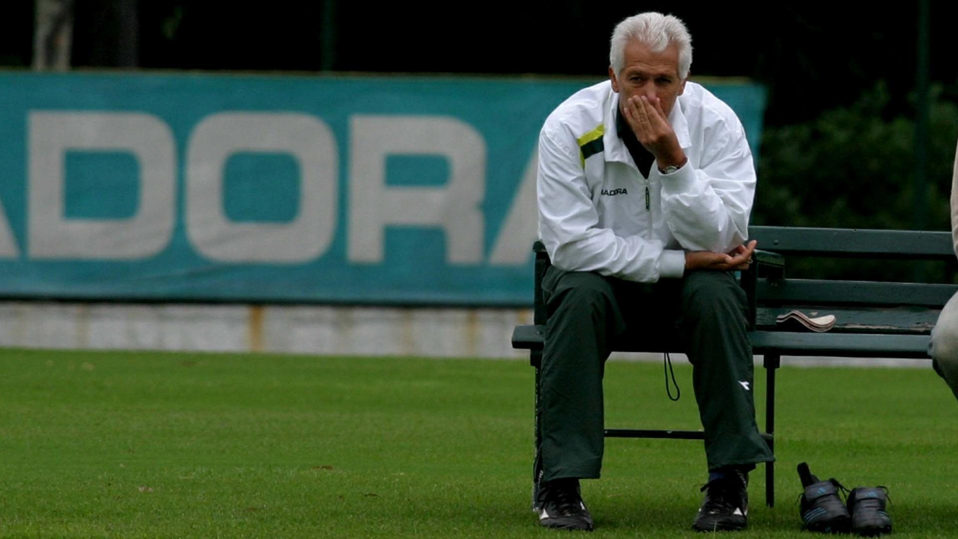 Emerson Leão, técnico do Palmeiras em 2005