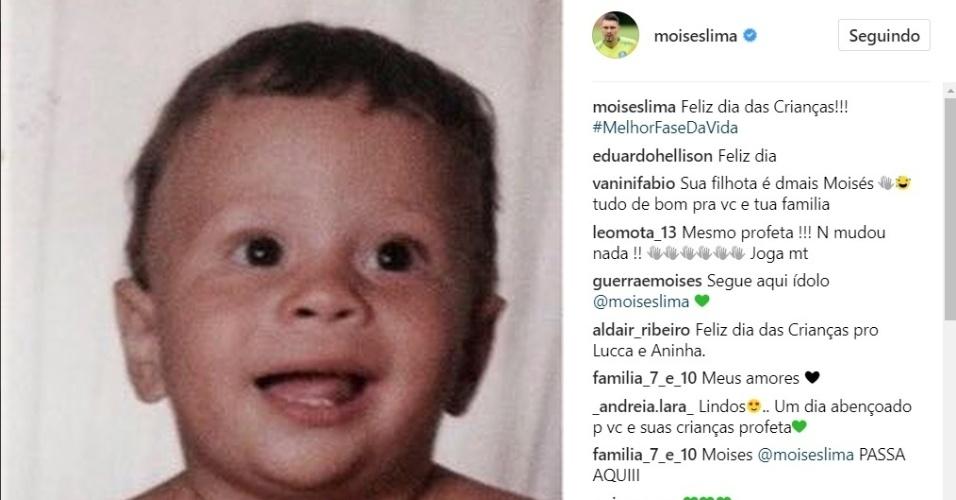 Moisés posta foto de quando ainda era bebê