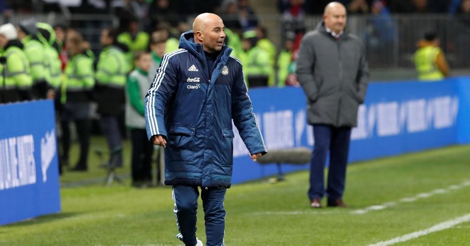 O técnico Jorge Sampaoli durante partida da Argentina contra a Rússia
