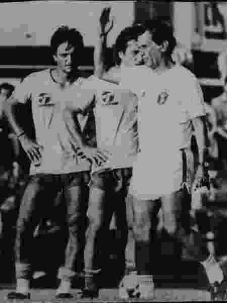 Telê Santana comanda treino do Brasil perto de Leandro e Zico, em Sevilha (Espanha) - Arquivo/Folhapress