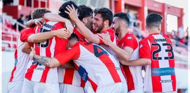 Gibraltar United/Oficial