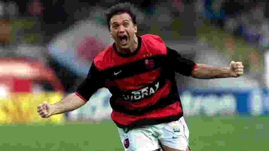 Petkovic comemora o seu gol, o terceiro do Flamengo e o gol do título - Ana Carolina Fernandes/Folhapress