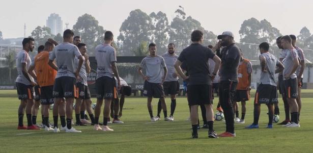 Jogadores do Corinthians durante treino realizado no CT Joaquim Grava - Daniel Augusto Jr. / Ag. Corinthians