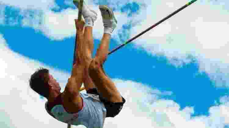 Jou saltando - Gerson Pomari/Divulgação - Gerson Pomari/Divulgação