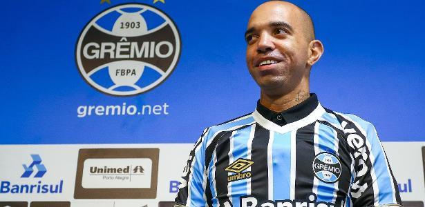 0fb1aebfbae30 Grêmio não para em Tardelli e procura última peça para fechar elenco -  15 02 2019 - UOL Esporte