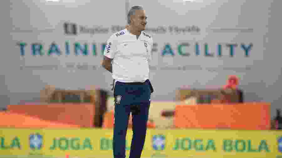 Tite, técnico da seleção brasileira, durante treino nos EUA - Lucas Figueiredo/CBF