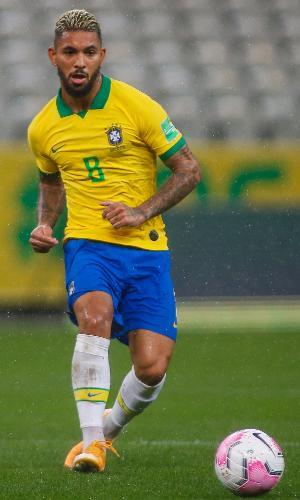 Douglas Luiz, meia da seleção brasileira, contra a Bolívia