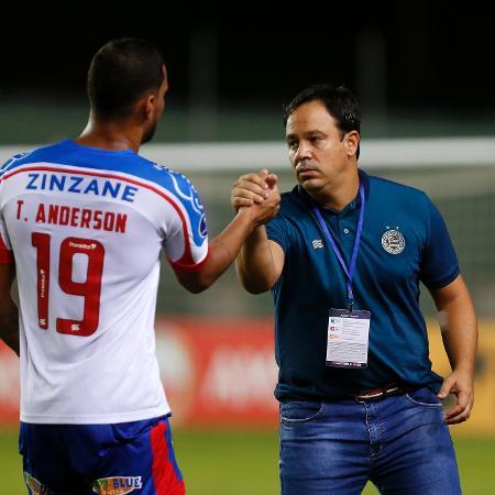 Dado Cavalcanti, técnico do Bahia, lamentou a expulsão de Luiz Otávio no primeiro tempo da final - Felipe Oliveira/Bahia