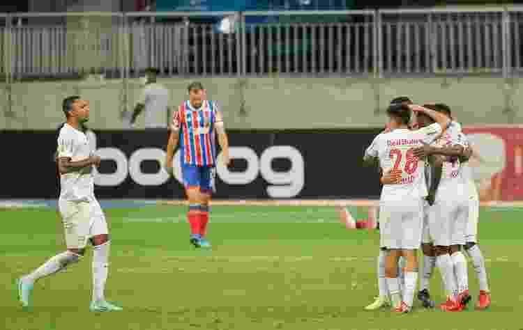 Jogadores do RB Bragantino comemoram gol de Ytatol, contra o Bahia - Jhony Pinho/AGIF - Jhony Pinho/AGIF