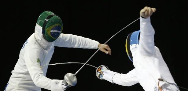 Athos Schwantes em ação pelo Brasil em disputa na esgrima - Geoff Burke-USA TODAY Sports