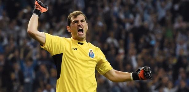 Casillas ainda não renovou contrato com o Porto para 2017/18