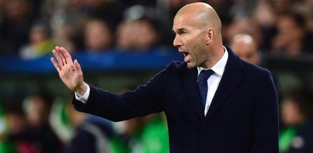 Zidane deve levar alguns reservas a campo para duelo no Campeonato Espanhol - JOHN MACDOUGALL/AFP