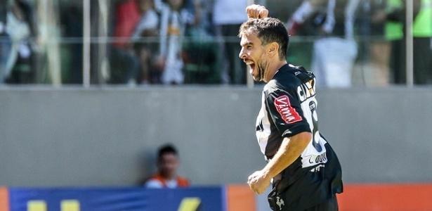 Leandro Donizete tem mais de 200 jogos pelo Atlético-MG e seis títulos conquistados