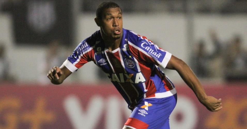 Rodrigão estreou com dois gols para o Bahia contra a Ponte Preta