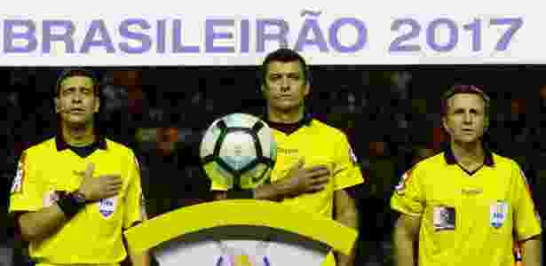 Brasil terá trio de arbitragem e árbitro de vídeo no Mundial de Clubes 476412c22463d