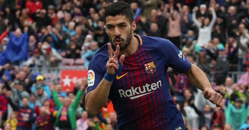 Suárez comemora o seu gol para o Barça contra o Valencia