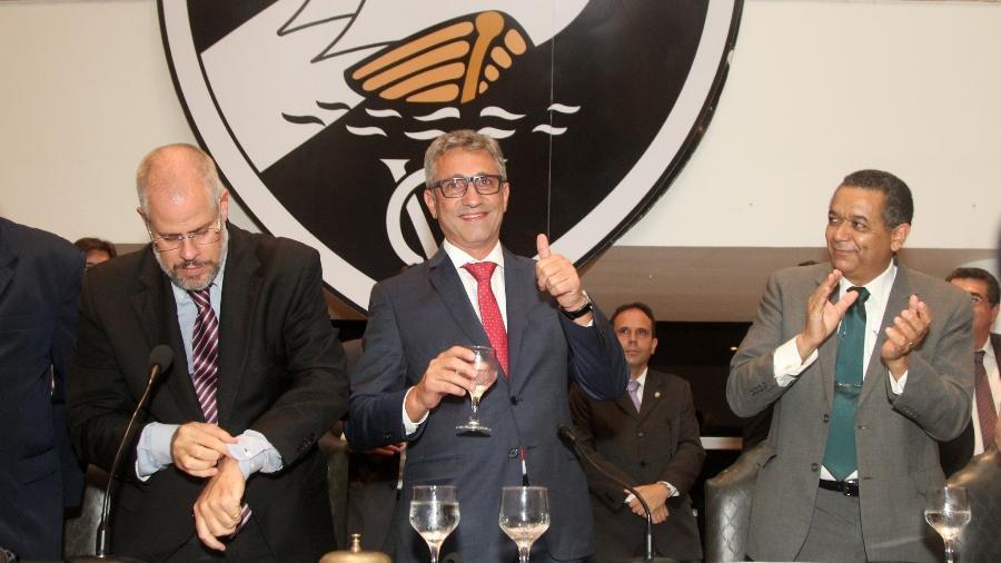 Roberto Monteiro (e) e Alexandre Campello (d) se tornaram desafetos no Vasco - Paulo Fernandes / Flickr do Vasco
