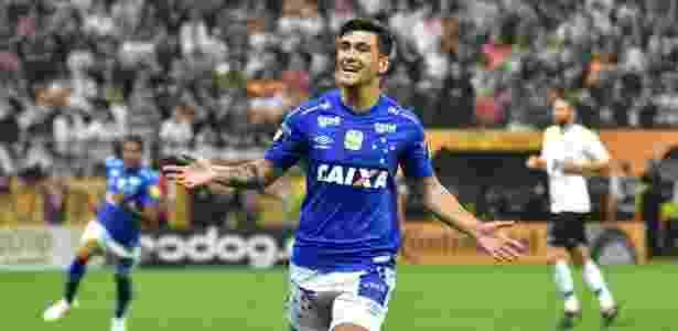c5f59a1113 Flamengo se acerta com o Cruzeiro e prepara anúncio de Arrascaeta ...