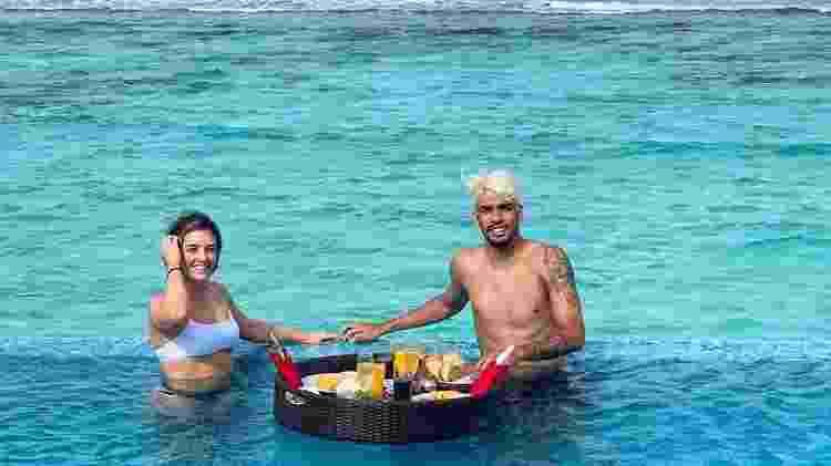 Lucas Paquetá com a mulher, Duda Fournier, nas Maldivas - Reprodução/Instagram - Reprodução/Instagram