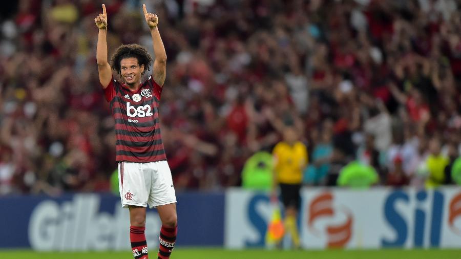 Willian Arão salientou a força que o Flamengo vem mostrando no Maracanã - Thiago Ribeiro/AGIF