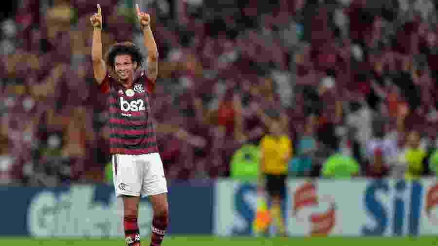 Willian Arão comemora seu gol durante partida entre Flamengo x Atlético-MG pelo Campeonato Brasileiro - Thiago Ribeiro/AGIF
