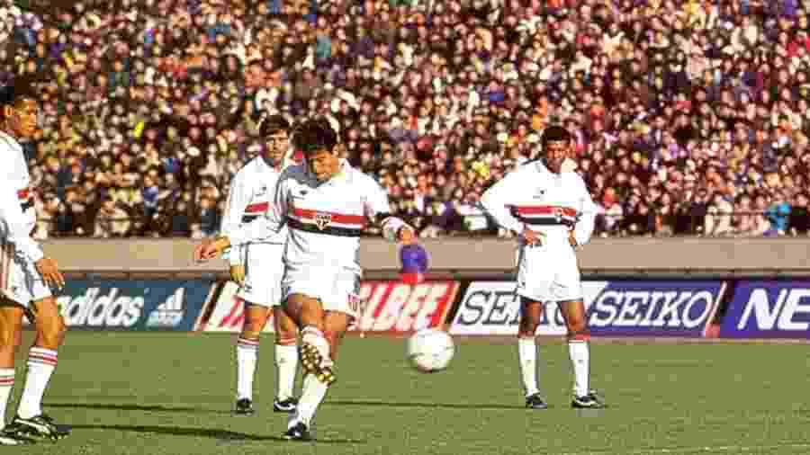 Raí bate falta na final do Mundial de 1992 - Arquivo histórico do SPFC