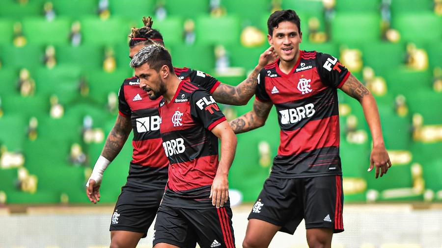 Pedro passa à frente de Gabigol na seleção