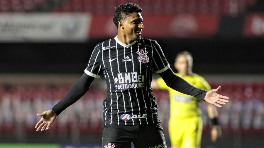 Gols abrem chance para Ederson seguir como titular no Corinthians - Rodrigo Coca/Corinthians