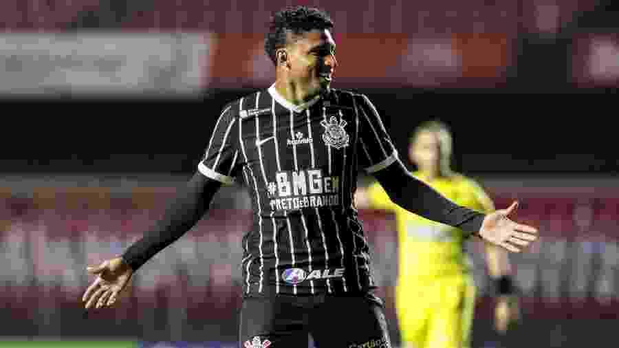 Ederson celebra gol marcado pelo Corinthians contra o Red Bull Bragantino - Rodrigo Coca/Corinthians