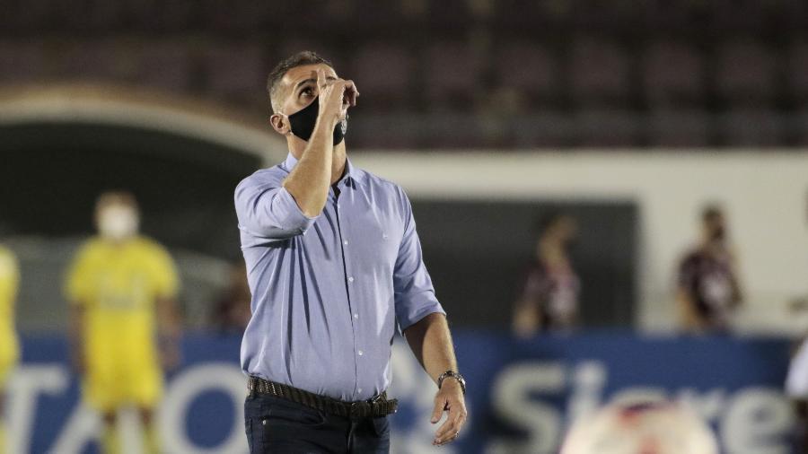 Vagner Mancini comandando o Corinthians em Araraquara contra a Ferroviária - rodrigo Coca / Agência Corinthians