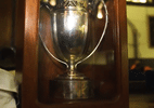 Troféu perdido do Mundial de rúgbi é encontrado em sótão após 15 anos