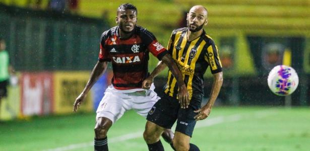 Cirino não se acertou com o Internacional e acabou inscrito pelo Flamengo na Libertadores
