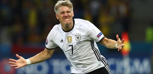 Eurocopa foi a última competição disputada por Schweinsteiger pela Alemanha - Alexander Hassenstein/ Getty Images