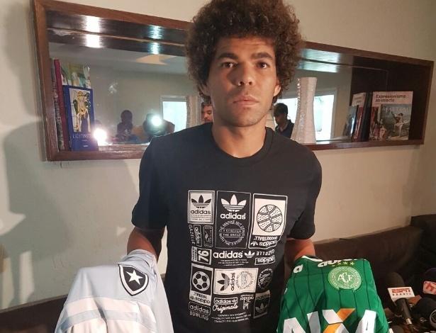 Camilo concede entrevista após tragédia com avião da Chapecoense - Divulgação/SMG