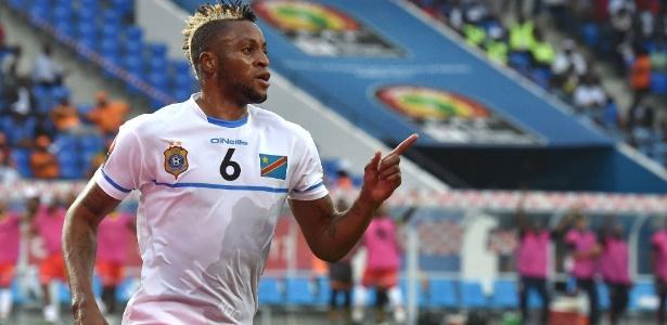 Kabananga comemora gol pela República Democrática do Congo