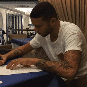 Bruno Baio, que deixou o Inter, assina com o Zorya Luhansk, da Ucrânia - Reprodução/Instagram
