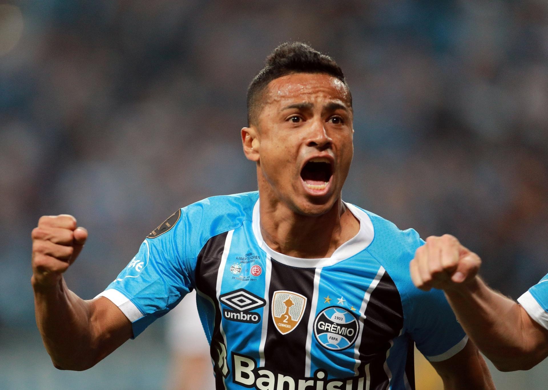 Cícero se apoia em cláusula de número de jogos para renovar com Grêmio -  25 12 2018 - UOL Esporte a251dfff37594