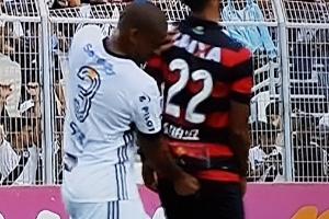 """Rodrigo não quer parar marcado por """"dedada"""""""