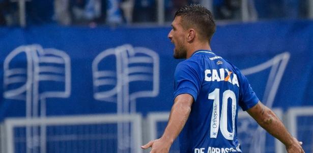 10 do Cruzeiro quer continuar fazendo bonito em Minas para chegar bem na Rússia