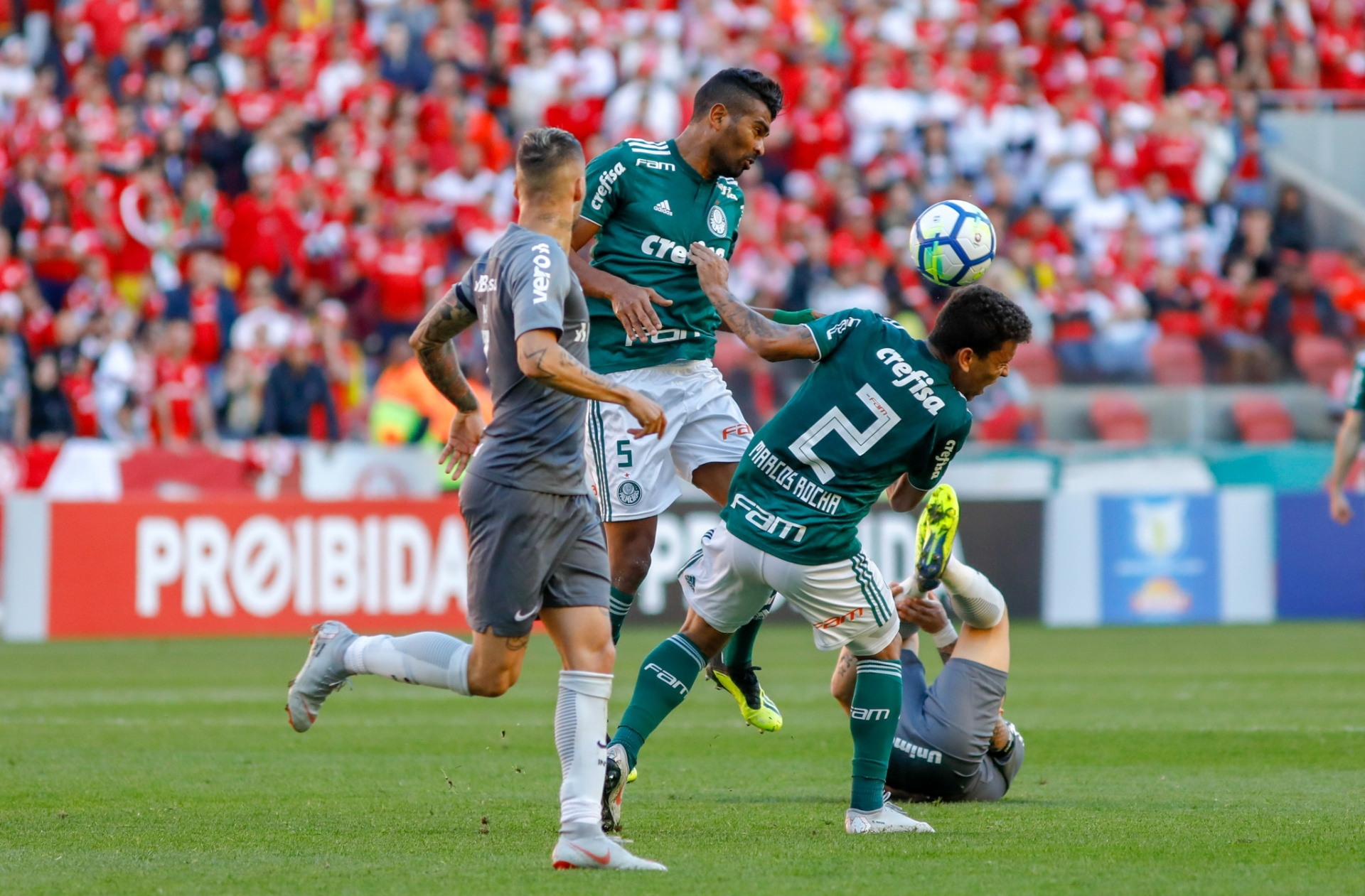 2b33790479 Felipão confirma Thiago Santos titular e escala Palmeiras sem surpresas -  20/09/2018 - UOL Esporte