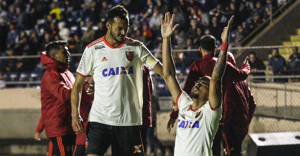 Flamengo abre o placar diante do Paraná com Lucas Paquetá