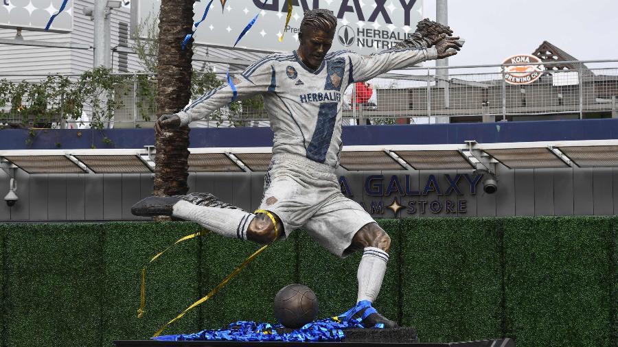 Estátua de David Beckham na Califórnia - Mark Ralston/AFP