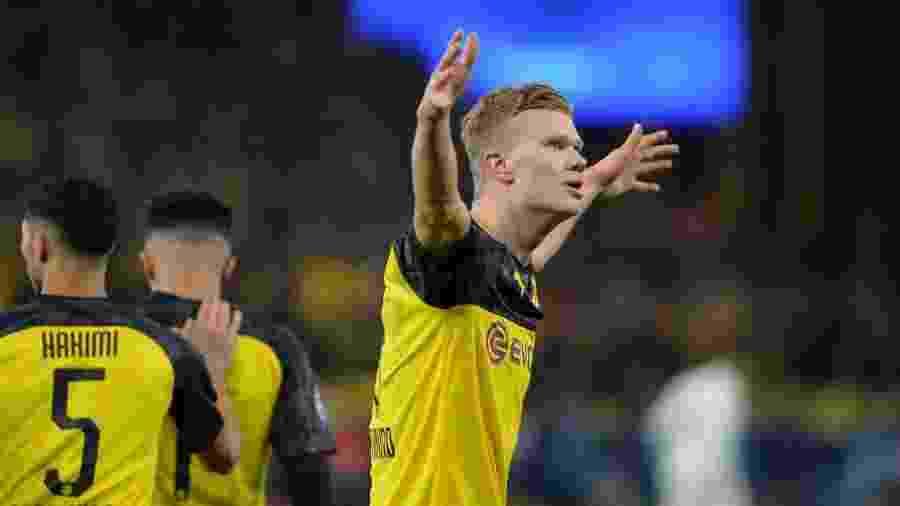 Norueguês fez os dois gols do Borussia Dortmund e chegou a dez na Liga dos Campeões - DeFodi Images/Colaborador