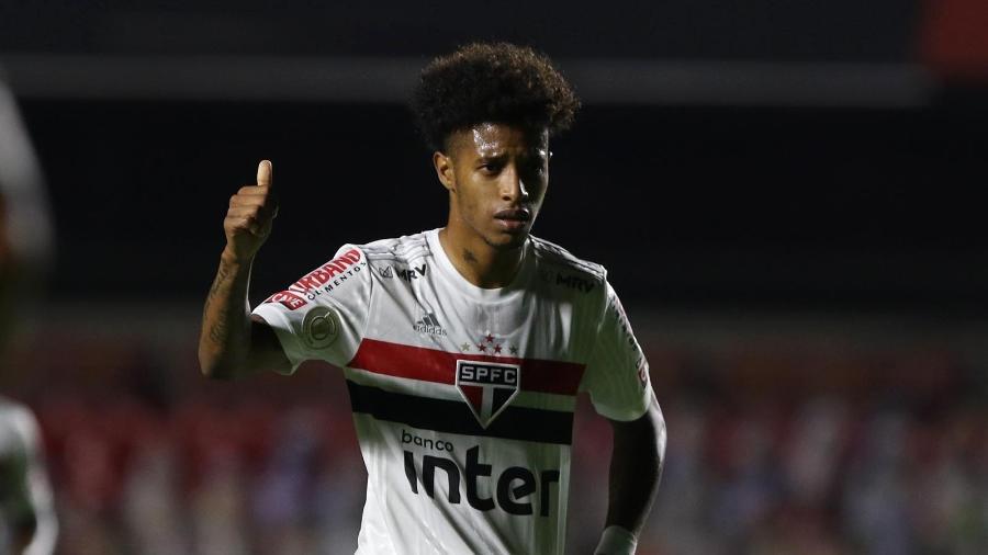 Tchê Tchê, meio-campista do São Paulo, retoma a condição de titular - Rubens Chiri / saopaulofc.net